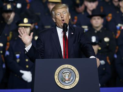 Donald Trump nie idzie na razie na ustępstwa wobec Kremla