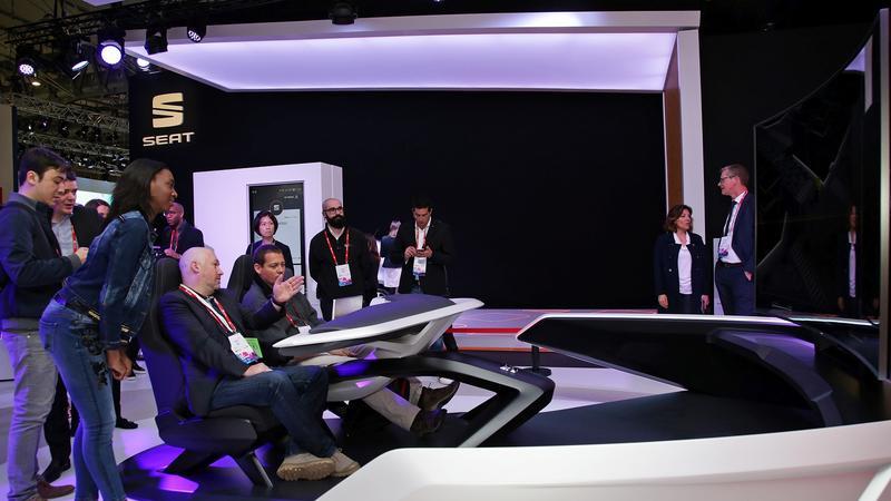 Koncept asystenta kierowcy pokazano podczas wystawy MWC w Barcelonie. System ma rozpoznawać kazdego zarejestrowanego kierowcę