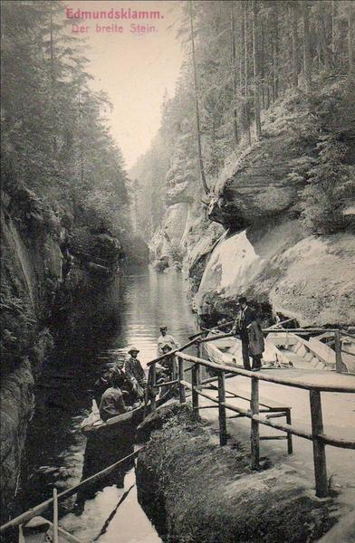 Spływ Wąwozem Edmunda na rzece Kamenice w 1922 r.