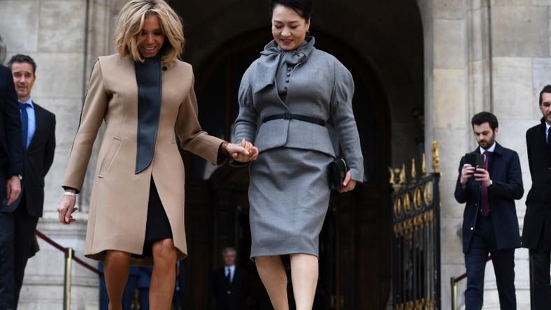 Pierwsza para Chin przebywała w tym tygodniu we Francji i spotykała się z państwem Macronami...
