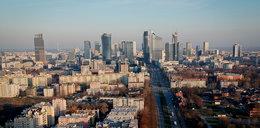 Oferował 17 mieszkań w Warszawie  i żali się, że w pandemii stracił wszystko. Poprosił o pomoc na zrzutce.pl. Odzew?