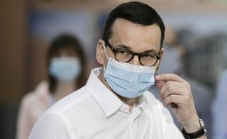 Morawiecki o respiratorach: Kupiliśmy je tam, gdzie można było