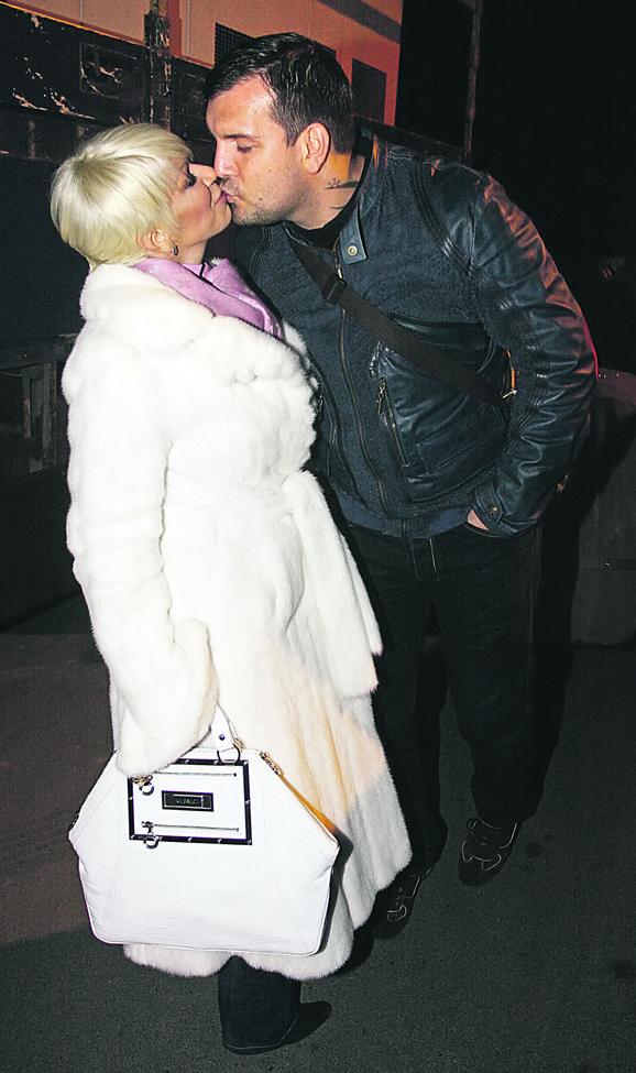 Dara Bubamara sa bivšim mužem