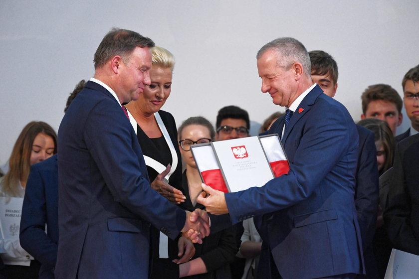 Zakrzyczeli Andrzeja Dudę. Mówił w szkole o komunistach