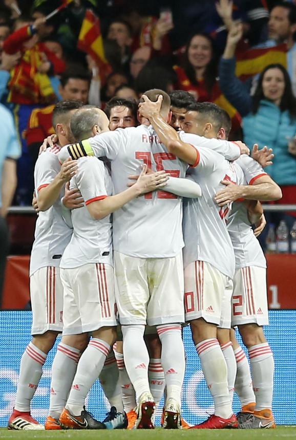 Slavlje Španaca posle ubedljive pobede