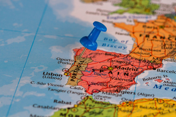 Zakaz wjazdu i wyjazdu będzie obowiązywał podczas najbliższego weekendu m.in. na terenie aglomeracji Lizbony.