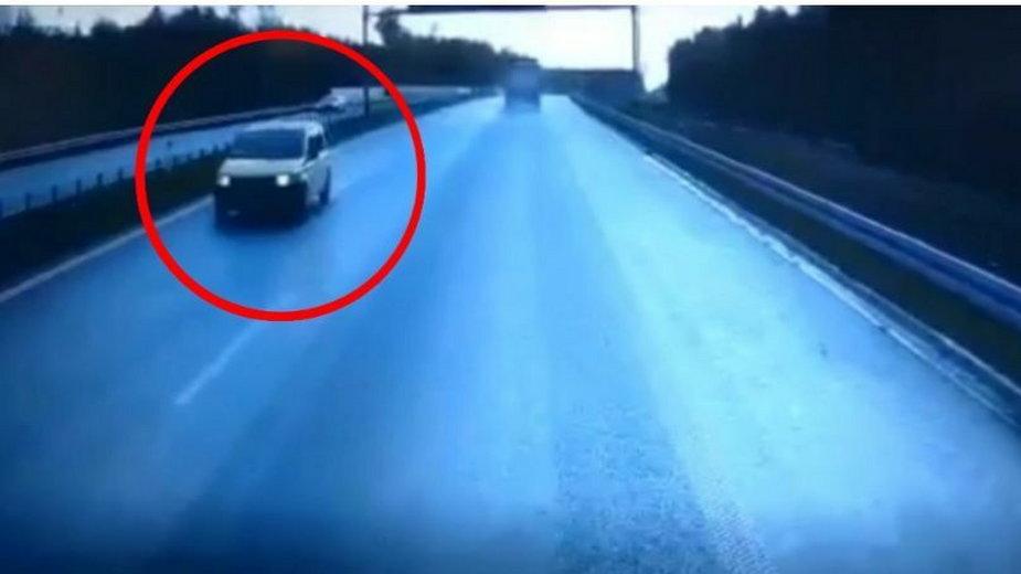 Niebezpieczna sytuacja na drodze szybkiego ruchu. Jechał pod prąd!