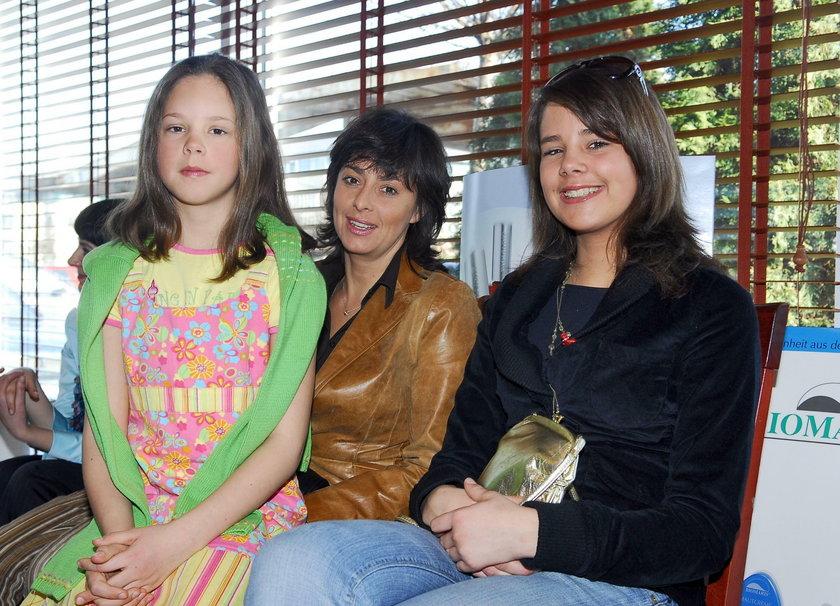 Anna Korcz z córkami