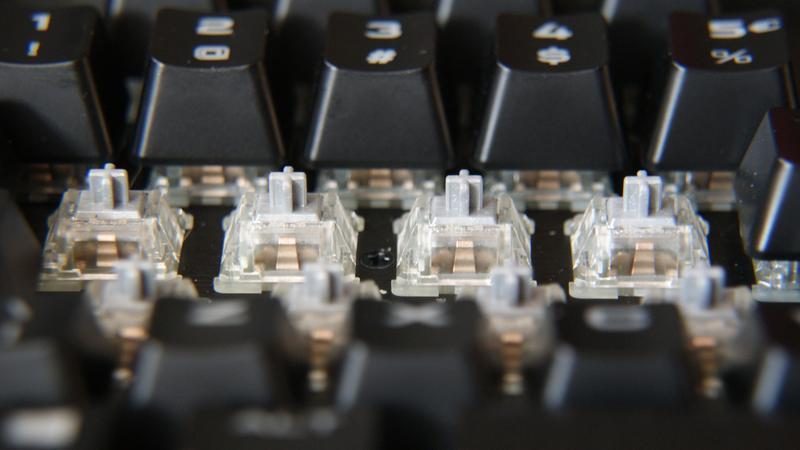 Corsair K95 RGB Platinum - mechaniczna klawiatura klasy premium [RZUT OKA]