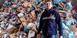 Niezwykłe odkrycie w sortowni śmieci. Przedwojenne wojsko na starych zdjęciach