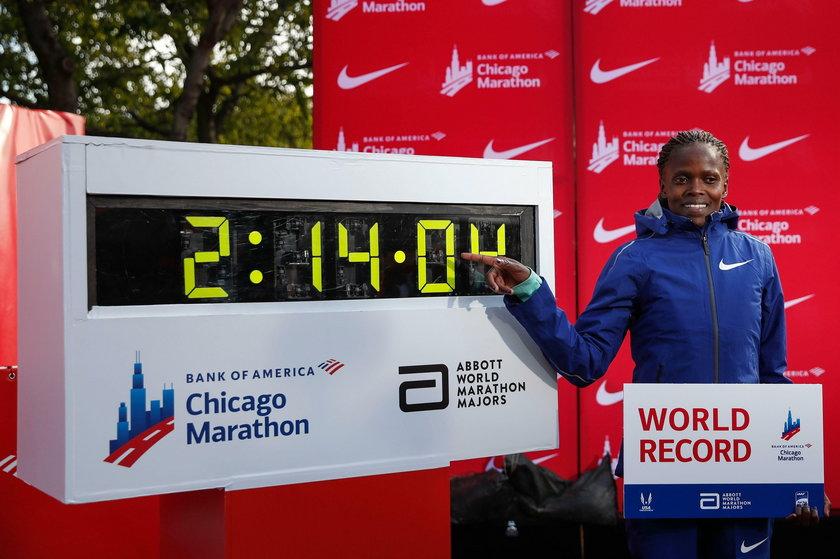 Świat jest pod wrażeniem fenomenalnego rekordu globu w maratonie, który ustanowiła Kenijka Brigid Kosgei