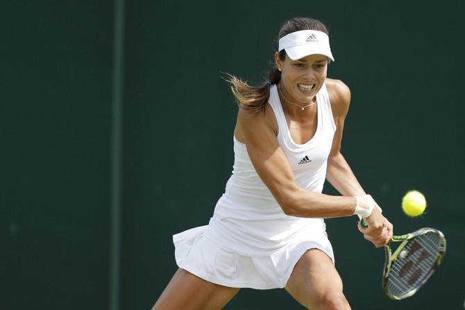 Ana Ivanović lansirala je haljine u obliku atlet majice