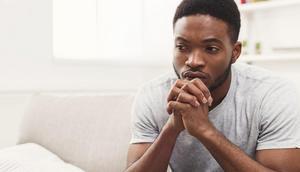 Voici des signes que vous sortez avec la mauvaise personne [Credit: Shutterstock]