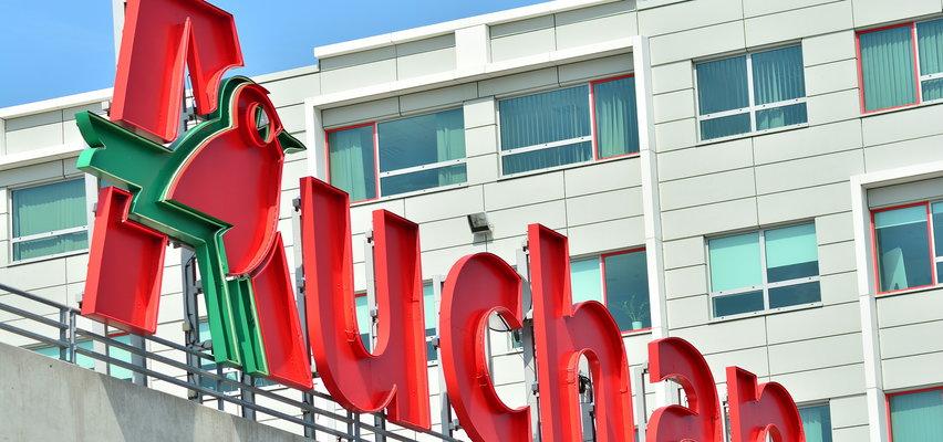 Auchan będzie świadczyć usługi pocztowe. Otworzy sklepy w niedziele!