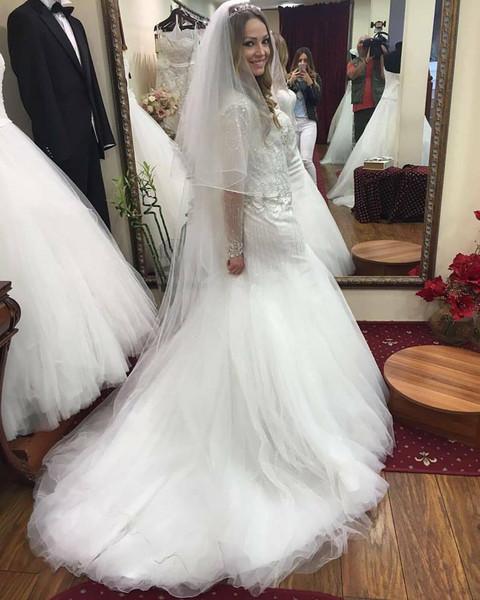 PROBA PRED VENČANJE? Pevačica se udaje u maju! FOTO