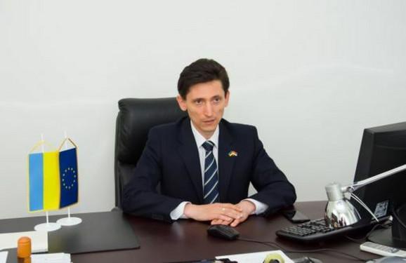 Oleksandr Aleksandrovič, Ambasador Ukrajine