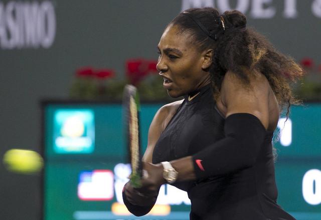 Serena Vilijams na meču sa Zarinom Dijas
