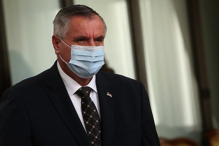 Radovan-Viškovic-premijer-RS-02-foto-S-PASALIC