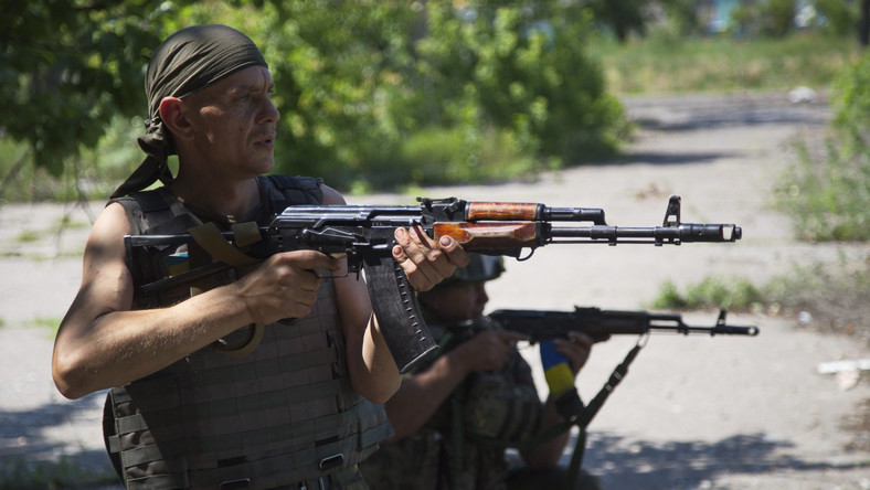 Ukraińscy żołnierze na patrolu