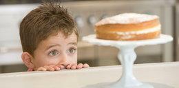 Jesz, gdy burczy ci w brzuchu? To błąd!