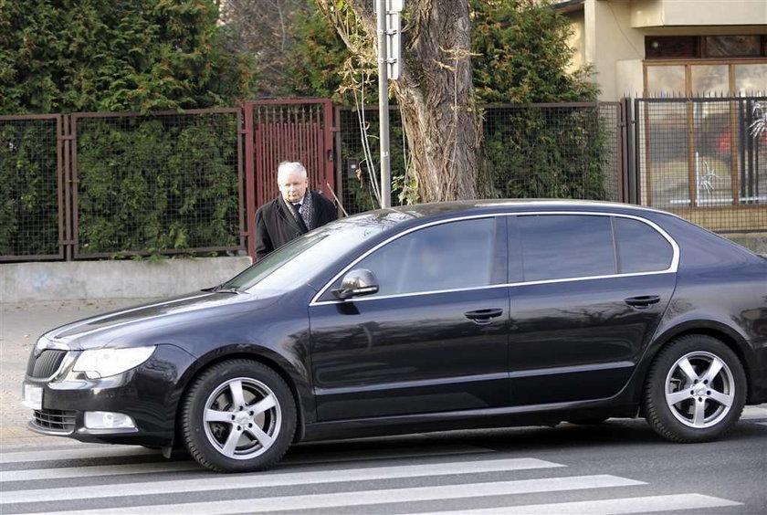 Kaczyński oddał dom krewnym, a nie Marcie