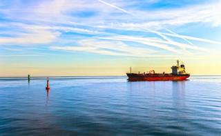 Atak na tankowiec na Morzu Arabskim; dwie osoby nie żyją