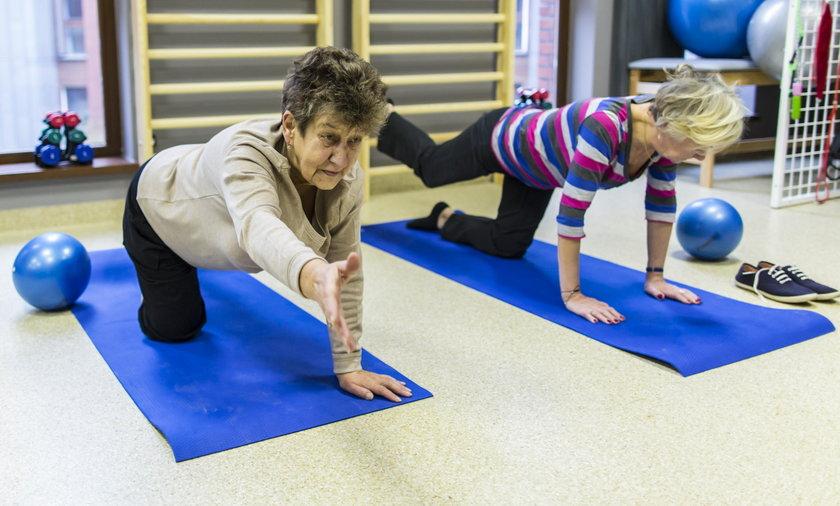 W Poznaniu ruszyły bezpłatne zajęcia z fizjoterapeutą i psychologiem dla seniorów