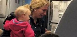 Szarpanina w samolocie. Omal nie uderzył dziecka!