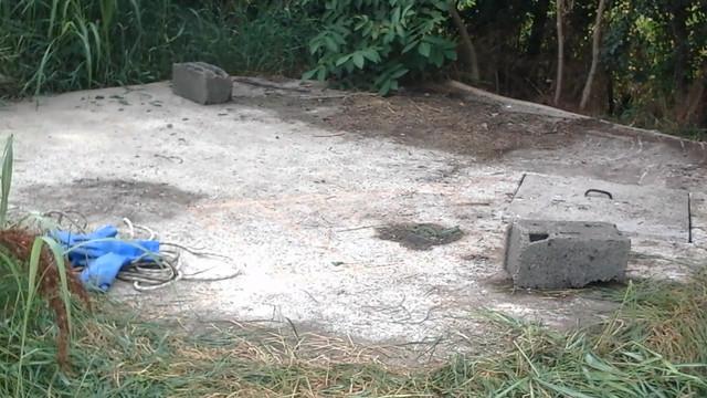 Jama u kojoj su pronađena tela