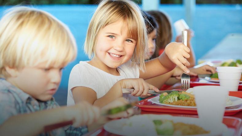 Żywienie dzieci w wieku szkolnym