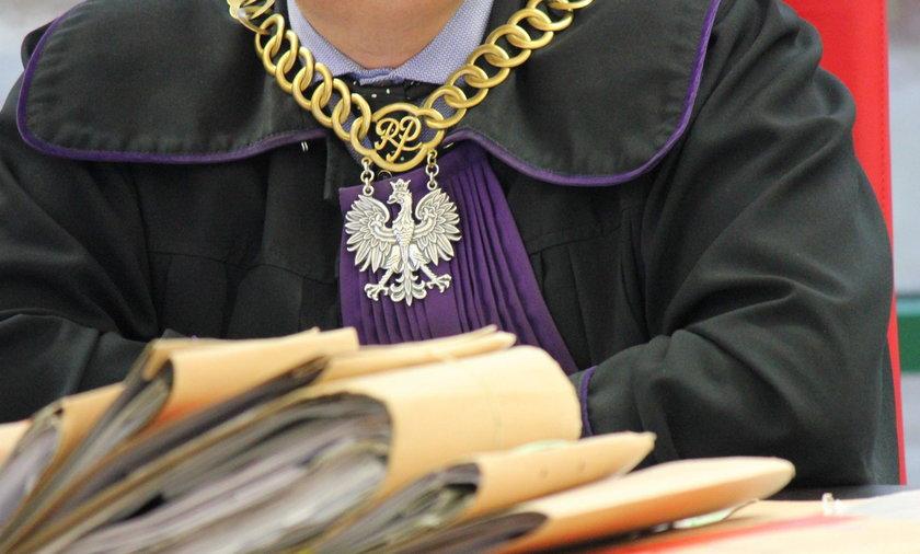 Poznań: 3 lata za seks z uczennicą