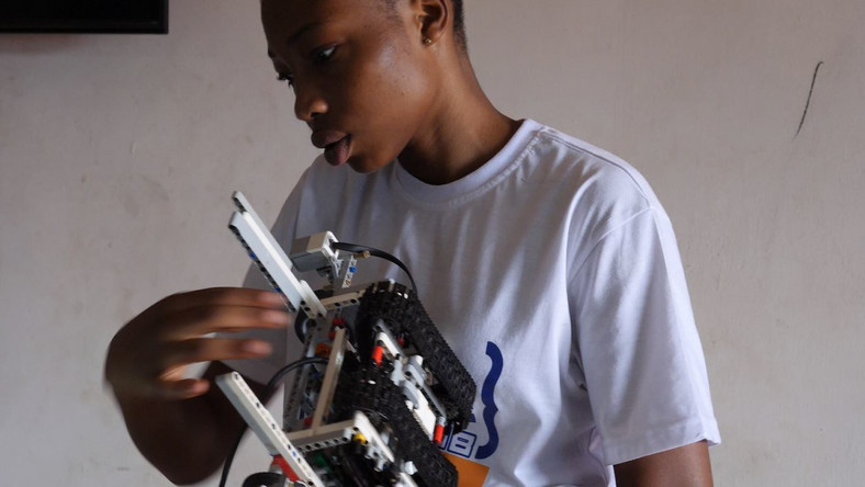 Meet the young ladies putting Ghana on the map with robotics