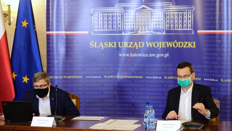 Premier Mateusz Morawiecki i wojewoda śląski Jarosław Wieczorek