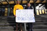 Protest porodice Jakšić ispred suda