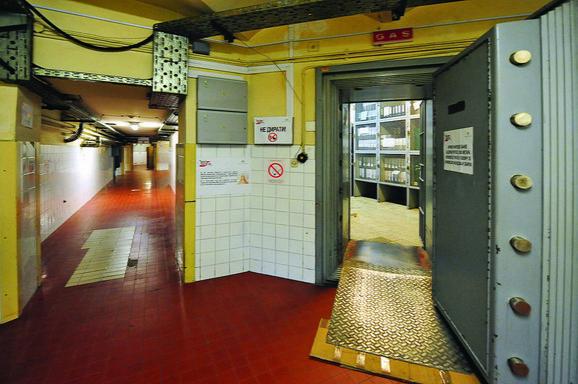 Vredan arhivski materijal zaštićen blindiranim vratima