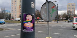 Przerażające plakaty zalały Łódź. Szerzą nienawiść i fałsz