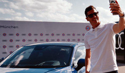 Robert Lewandowski ma nowy samochód. To rakieta warta fortunę