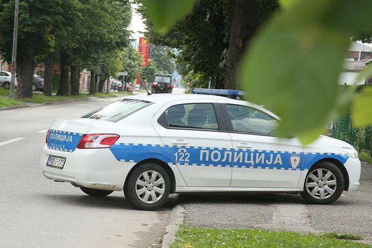 Policija-Kostajnica foto-S-PASALIC