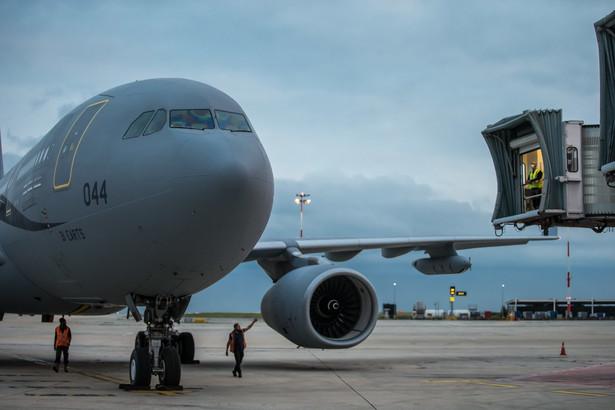 Ewakuacja na lotnisku w Kabulu