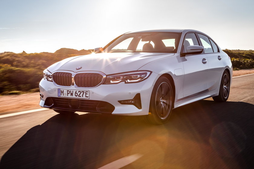 Warunki przetargu spełniają także auta marki BMW