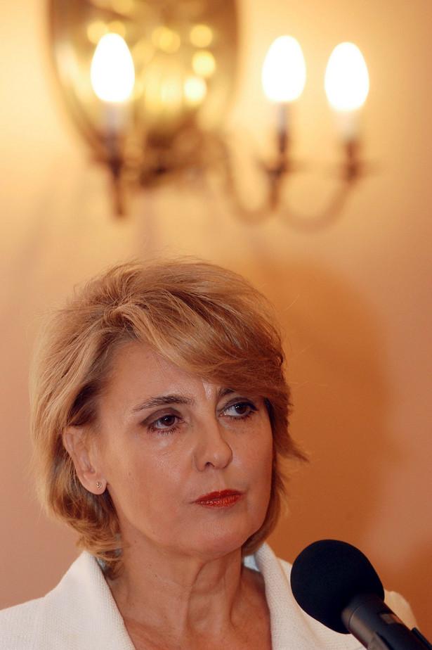 """Zdaniem Szymanek-Deresz nie można zmieniać konstytucji """"pod kątem realizacji swojego programu wyborczego"""". Fot. PAP"""