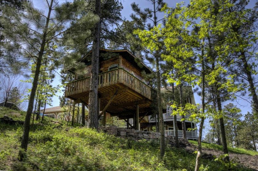 Najpiękniejsze domki na drzewie świata