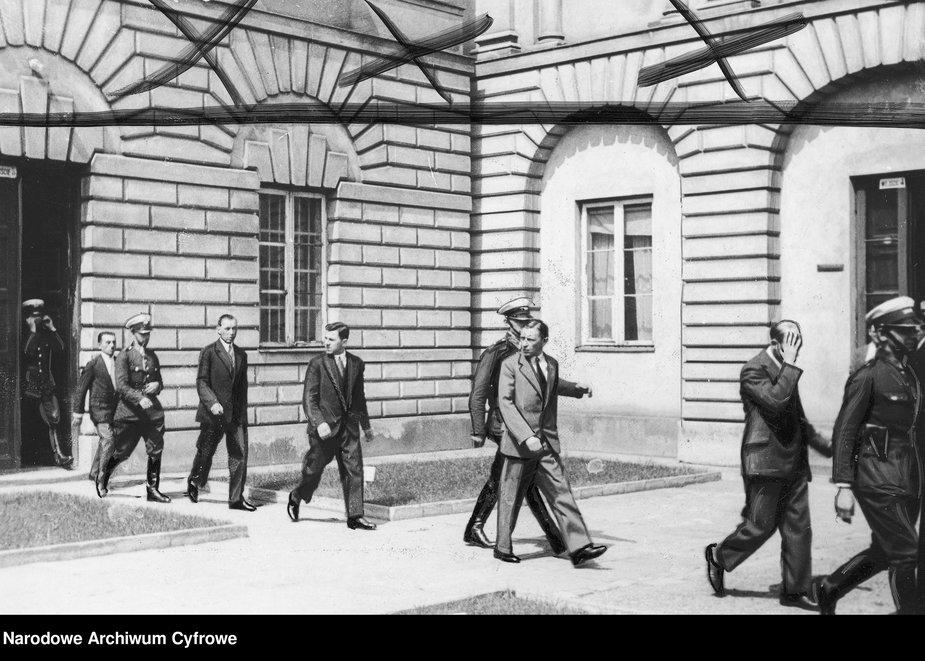 Proces przeciwko członkom gangu z warszawskiego targowiska Kercelak. (Członkowie gangu)