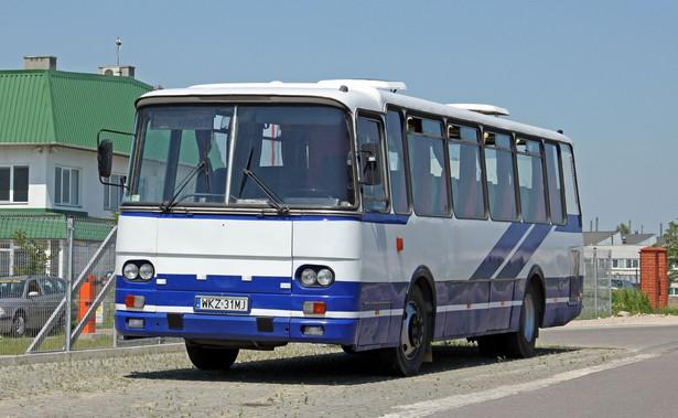 PKP zamierza wprowadzić wspólny bilet na połączenia autobusowe i kolejowe