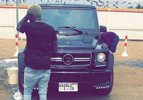 Criss Wadlle's G wagon