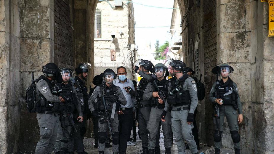 Izrael: Atak rakietowy w Jerozolimie. Słychać było eksplozje