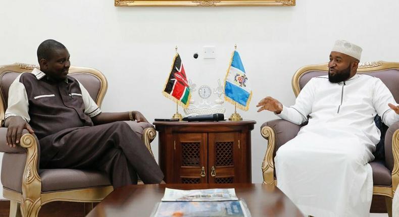Uasin Gishu Governor Jackson Mandago with his Mombasa counterpart Hassan Joho (Twitter)