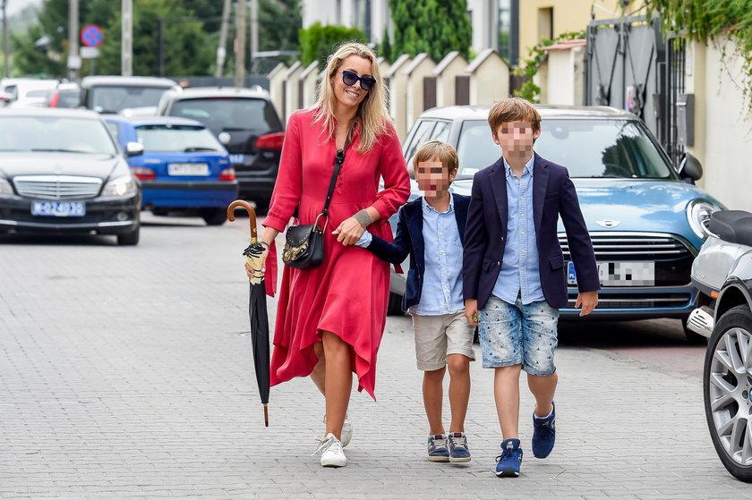 Karolina Ferenstein-Kraśko z synami