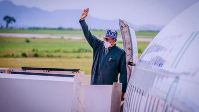 President Buhari jets off to London to see his doctors