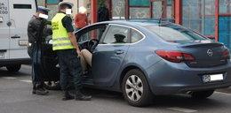 Wojna taksówkarzy z nielegalnymi przewoźnikami. Tak walczą w Poznaniu